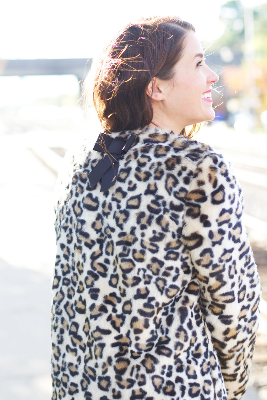 Chicago-Fashion-Blogger-Kate-Spade-Leopard-Coat-11