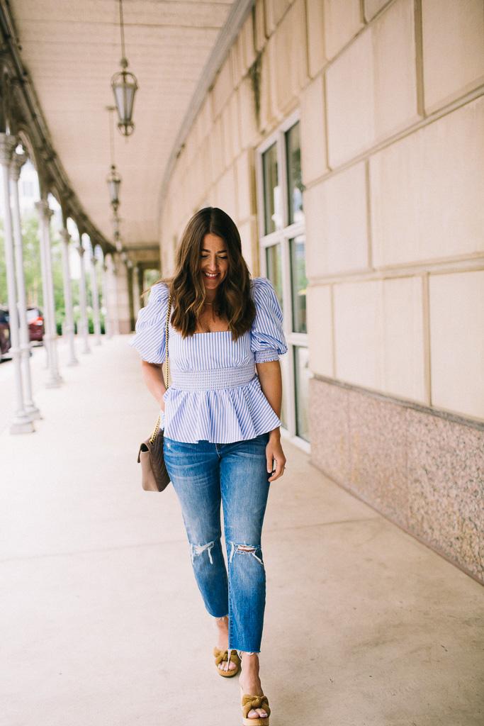 How to wear boyfriend jeans for summer